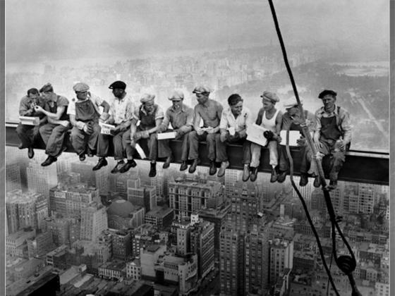 Famous image of workers having lunchtime, while constructing the RCA building in New York, 1932